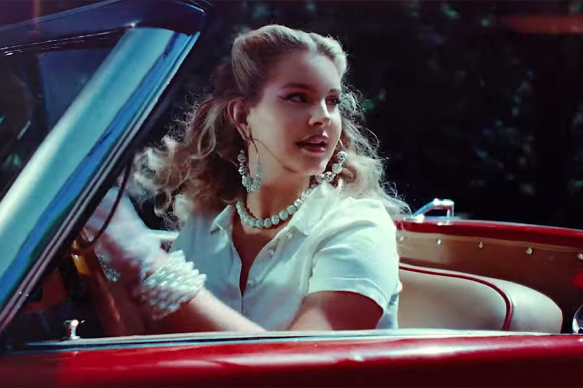 Lana Del Rey, Chemtrails over the Country Club: dzisiejszy numer 1 album…